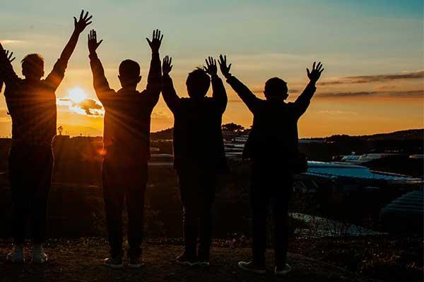 MKP600x400-sunrise-celebrate